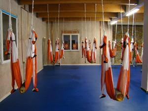yoga-aerien-henri-hethlami1