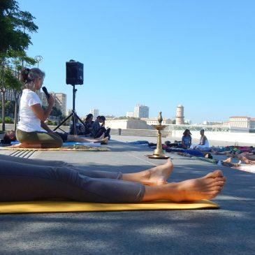 La journée internationale de yoga à Marseille